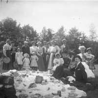 H.M. Baldwin family picnic