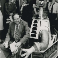Chancellor Alan Guskin with Robot Fubar